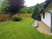 Zahrada u chalupy - pronájem Holčovice - Komora