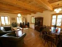 obývací pokoj (přízemí)