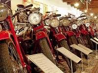 auto moto veterán muzeum Česká Ves