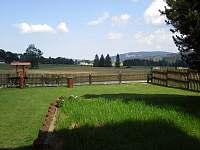 Zahrada před chatou - ubytování Rejvíz