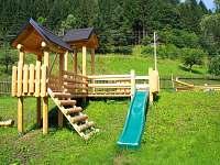 Dětské hřiště - zahrada - pronájem chalupy Jindřichov