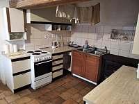 Kuchyň - pronájem chalupy Hraběšice