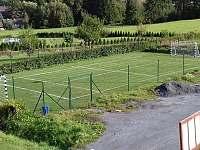 Hřiště na fotbal, nohejbal, volejbal
