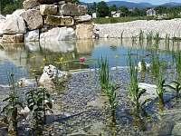 Vodopad na Smaragdovém jezere