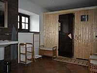 Koupelna přízemí se saunou - pronájem chalupy Rudná pod Pradědem