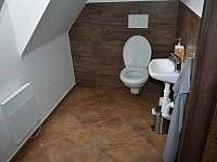 WC s bidetem - Rudná pod Pradědem