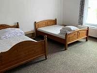 ložnice č.1 pro 5 osob - pronájem chalupy Lipová Lázně - Bobrovník