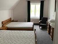 ložnice č.3 pro 4 osoby - chalupa k pronajmutí Lipová Lázně - Bobrovník