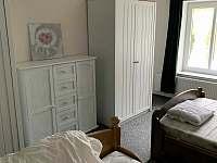 ložnice č.4 pro 5 osob - chalupa k pronájmu Lipová Lázně - Bobrovník