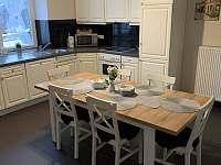 společná kuchyň,plně vybavena - pronájem chalupy Lipová Lázně - Bobrovník
