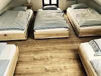 Apartmán 3, ložnice s 5ti lůžky - chalupa k pronajmutí Kunčice