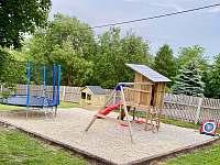 Dětské hřiště na zahradě - Kunčice