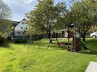 Dětské hřiště - pronájem apartmánu Horní Lipová