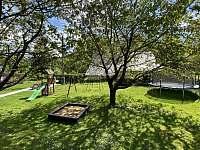 Dětské hřiště - apartmán k pronajmutí Horní Lipová