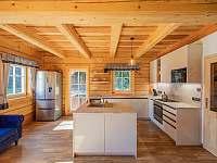 Kuchyň s ostrůvkem a myčkou - Kouty nad Desnou