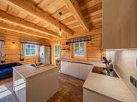 Kuchyně s americkou lednicí - Kouty nad Desnou
