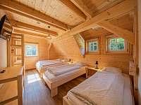 Pokoj 4 s manželskou a dvěma samostatnými postelemi - Kouty nad Desnou