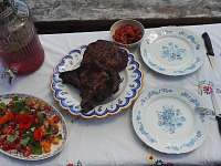 letní oběd Elišky a Marka