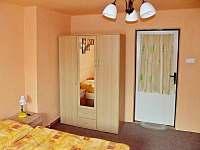 spodní 3-lůžkový pokoj