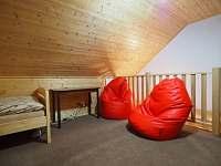 Pokoj v podkroví - Kunčice pod Kralickým Sněžníkem