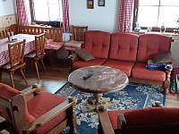 Obývací pokoj - pronájem chaty Šléglov