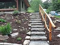 Venkovní schodiště - chata ubytování Šléglov