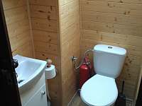 WC v patře - pronájem chaty Šléglov