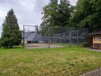 hřiště - chatky k pronájmu Bušín