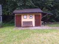 toalety a sprchy - chatky k pronájmu Bušín