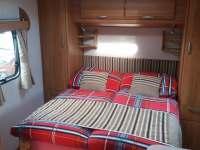 Ložnice s pohodlnou postelí - chata k pronájmu Malá Morávka