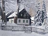 Chalupa Baletka v zimě - k pronajmutí Ostružná - Petříkov
