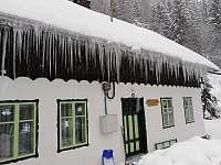 Chalupa Baletka v zimě - ubytování Ostružná - Petříkov