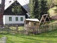 Chalupa Baletka zahrada - ubytování Ostružná - Petříkov