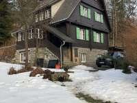 Chata v zimě - chalupa ubytování Bělá pod Pradědem