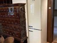 Retro lednice - chalupa k pronájmu Bělá pod Pradědem