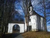 Kostel Povýšení Svatého kříže v M. Berouně