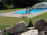 Bazén u apartmánů - ubytování Dolní Moravice