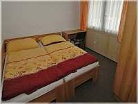 ložnice dvoulůžková - pronájem apartmánu Dolní Moravice