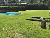 Prostorná a upravená zahrada s bazénem - chalupa ubytování Vrbno pod Pradědem - Mnichov