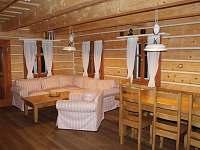 společenská místnost - pronájem chalupy Hynčice pod Sušinou