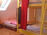 Podkroví 2 s patrovou postelí (2+2 osoby) - Bělá pod Pradědem