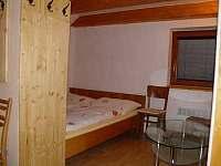 Přízemí - ložnice