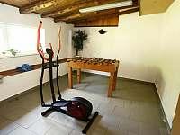 sportovní místnost - chalupa k pronájmu Vysoká