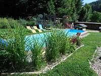 Plavací bazén.