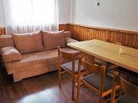 Společenská místnost - pohovka
