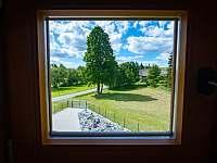 Pohled z okénka v podkroví - Albrechtice u Rýmařova