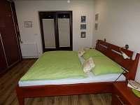 ložnice s dvěma lůžky přízemí