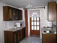 chalupa - kuchyňka - Malá Morava