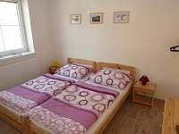 Apartmán A - pokoj 1