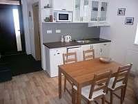 Apartmán B - kuchyň